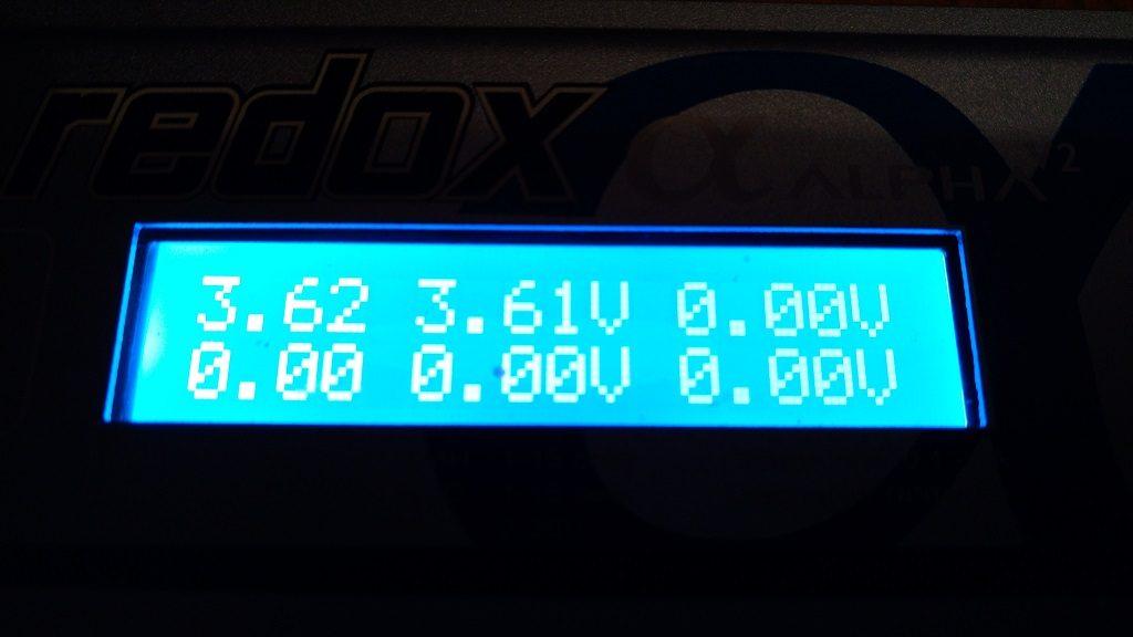 Redox Alpha V2 - stan naładowania cel